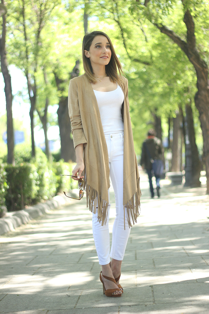 White Outfit With A fringed jacket13
