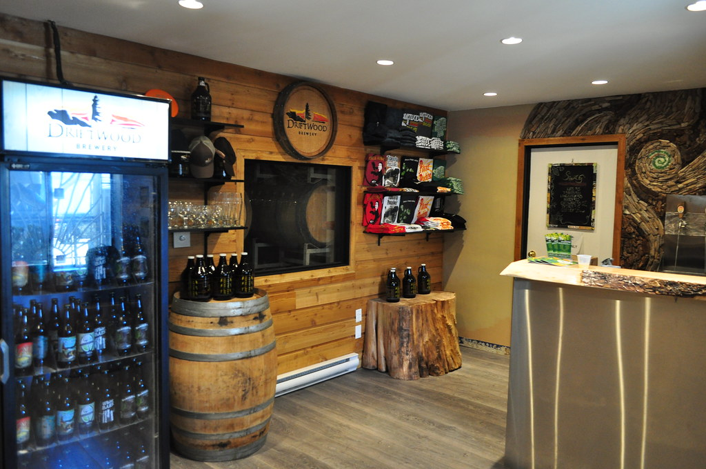 image of Driftwood Brewing's taproom, Copyright via our Flickr account