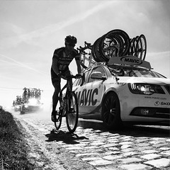 #ParisRoubaix is hard at the front of the race, but probably harder at the back. 100km & 19 secteurs from the velodrome and chasing through the dust and cars.
