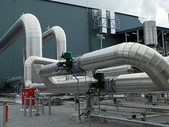aircraft engine(0.0), pipeline transport(1.0), pipe(1.0), industry(1.0), pumping station(1.0), factory(1.0),