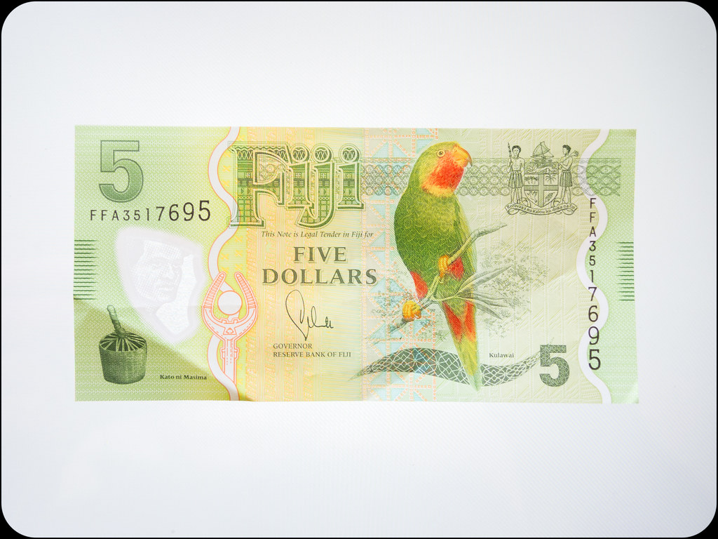 Fiji $5