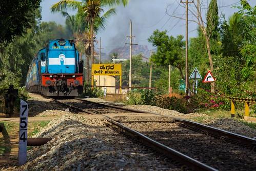 indianrailways ir yeshvantapurvasco yprvsg 17309 swr heggere hei et itarsi wdm3d 11461 alco wcr