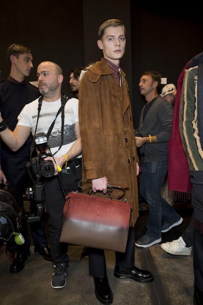 FW15 Milan Fendi234_Janis Ancens(fashionising.com)