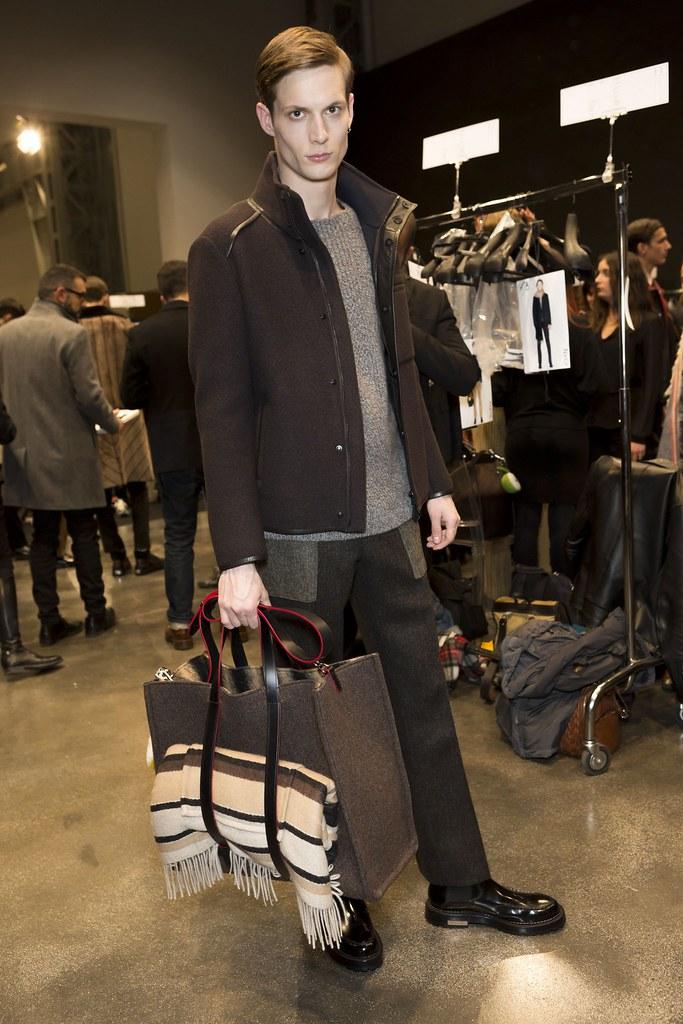 FW15 Milan Fendi209_Felix Gesnouin(fashionising.com)