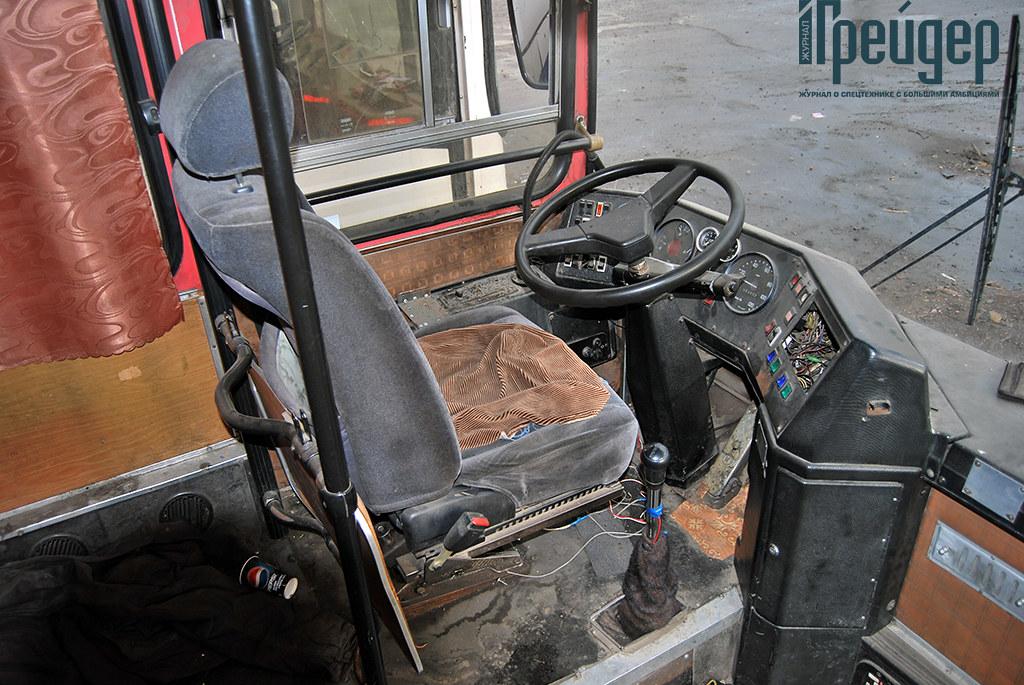 Икарус-250 кабина