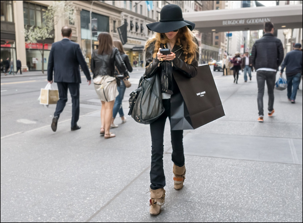 SS5-15 8w big black hat black skinny bells fold over beige suade boots with hardware leather jacket big bag