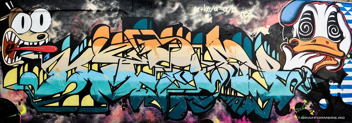 02-20130907-aurel_lazar_high_school_yard-oradea-grafformers_ro