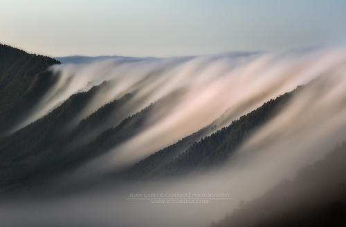 la cascada de nubes de La Palma por Juan Carlos Cortina