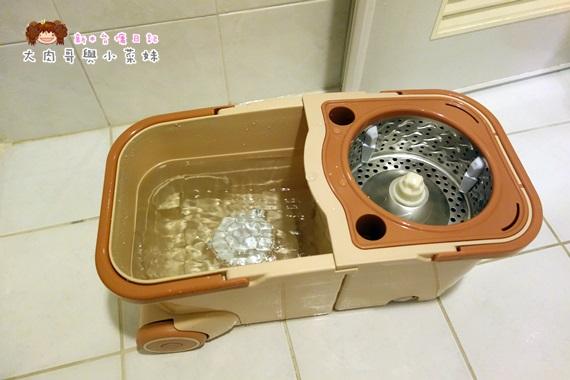 易拖寶Easymop 3D魔術雙驅動免沾手全能旋轉拖把 (19).JPG