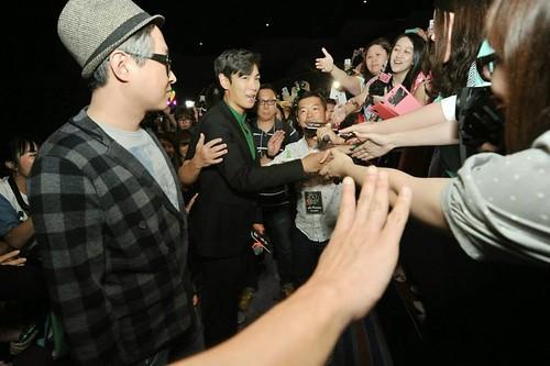 top-with-fans-tazza-hong-kong_20140927(4)