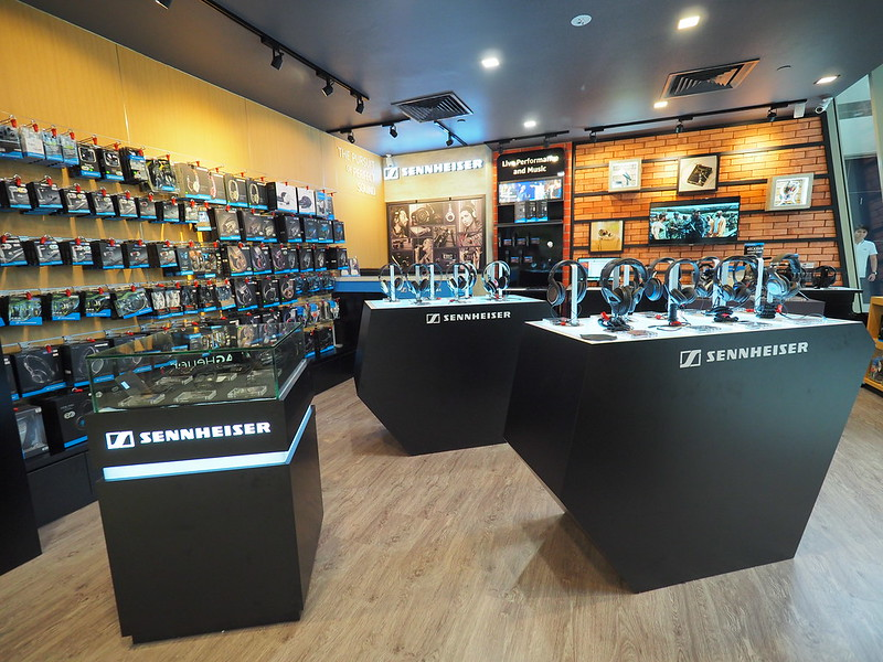 Sennheiser Brand Store - Interior