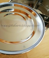 Life Without Plastic: Stainless steel watertight divided food container bento box review.