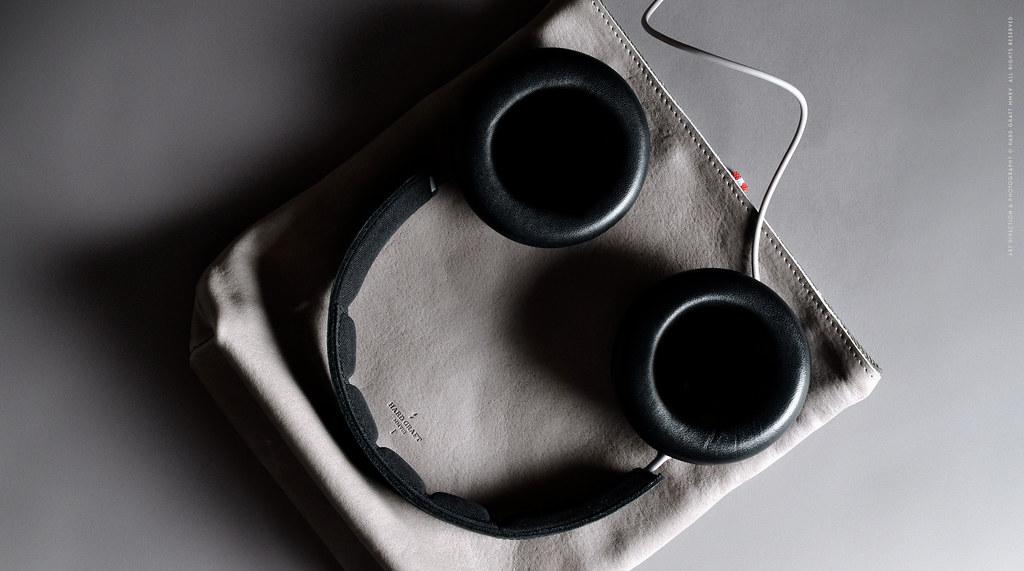 Bass-Headphone-Case-09