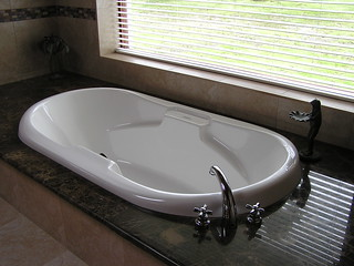San Miguel - masterbath tub - 13FEB12 002