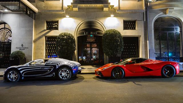 Bugatti veyron L'Or Blanc et Ferrari Laferrari