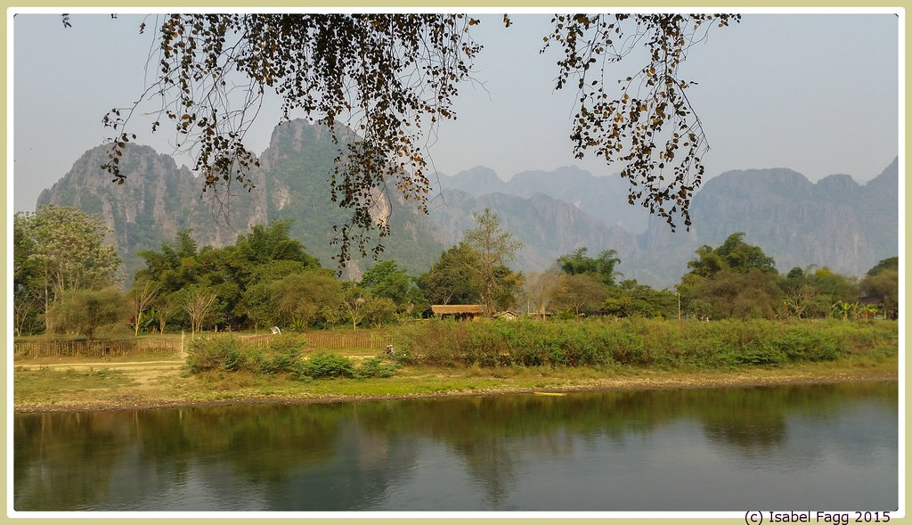 Vang vieng central laos around guides for Domon river guesthouse vang vieng