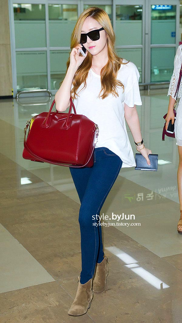 My Favourite 10 Airport Looks By Jessica Jung Jessica Chaw Fashion Beauty Lifestyle