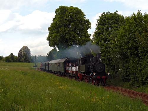 In Zusammenarbeit mit dem Bayerischen Localbahnverein aus Tegernsee wurden Dampfzugfahrten mit der 1913 gebauten 70 083 durchgeführt.