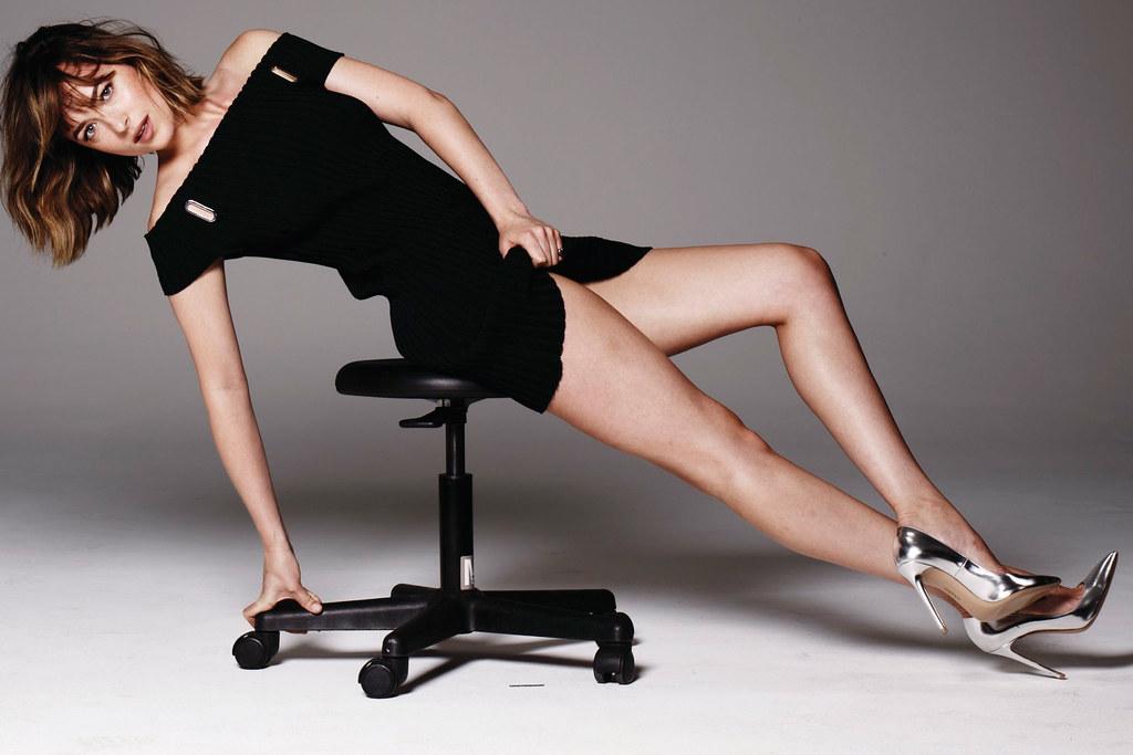 Дакота Джонсон — Фотосессия для «Elle» 2015 – 5