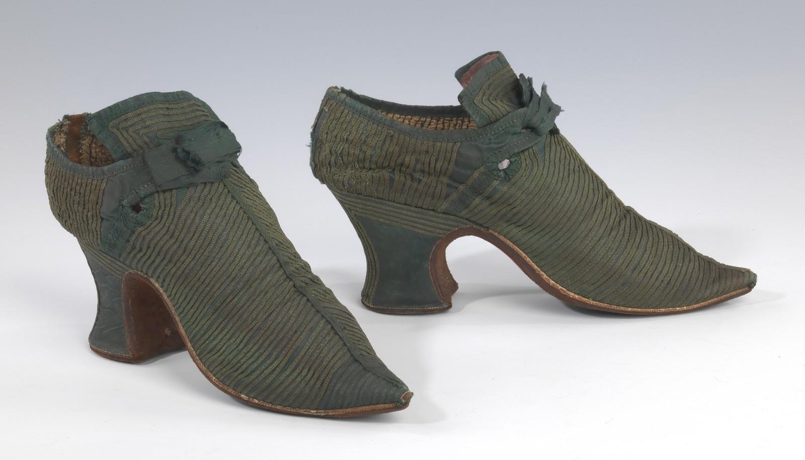 1739. British, silk