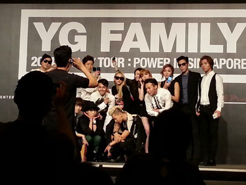 YGFamilyConcert-Press-Con-Singapore-20140912(2)