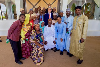 Secertary Kerry Poses for a Group Photo With Participants in the Youth Exchange and Study Program in Sokoto