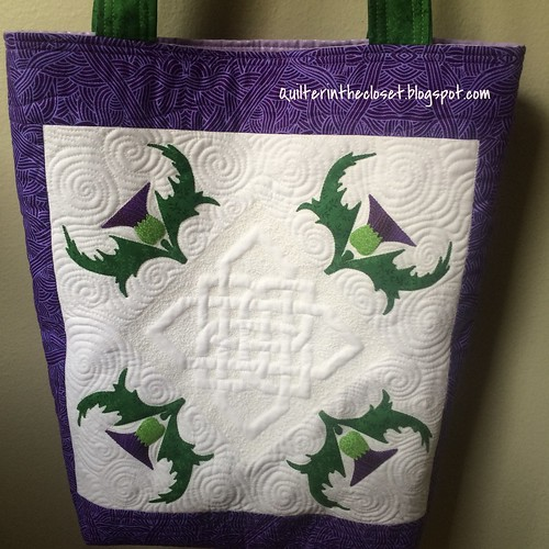 My finished tote for the Outlander Craft Swap