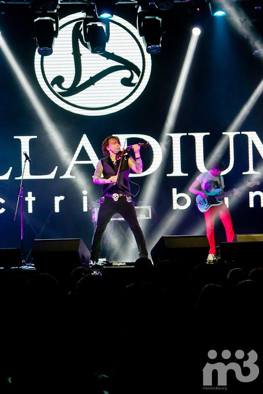 PALLADIUM_Electric_Band_45