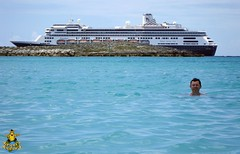 Half Moon Cay, Bahamas: We couldn't resist going for a dip