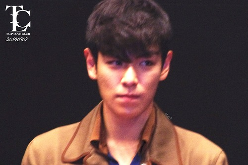 TOP-StageGreeting_Day2-LotteYongsan_20140907-(13)