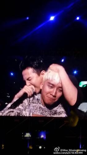 BIGBANG Zhengzhou FM 2016-03-17 (51)