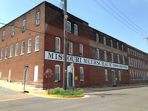 Missouri Meerschaum Corncob Pipe Factory