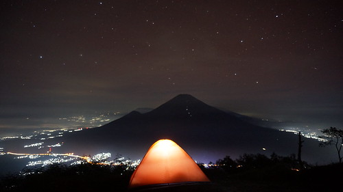 travel light mountain night indonesia gun hiking sony backpacker eiger tenda milkyway pendaki sindoro sumbing nex5t