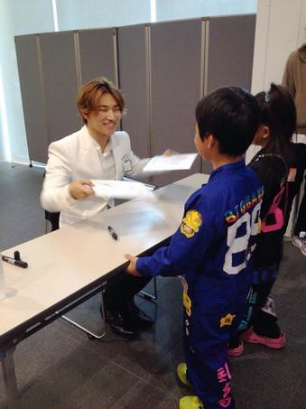 Dlite-Osaka-3events-20141101_034
