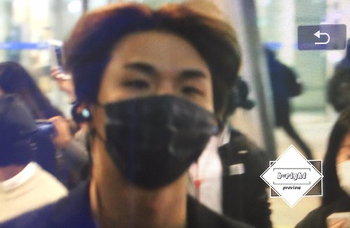 BIGBANG arrival Seoul 2015-10-26 b-right (4)