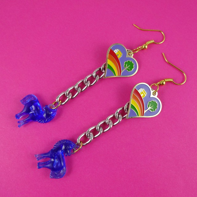 Purple Clarice Cliff Hearts & Unicorns Earrings