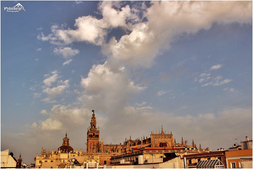 city sky rooftop clouds canon geotagged eos sevilla spain europe cityscape view cathedral andalucia historical lonelyplanet dslr unescoworldheritage nationalgeographic 600d