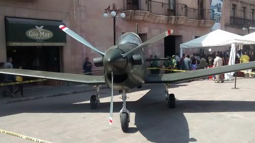 Inscriben epígrafe de la Fuerza Aérea en el Congreso del Estado