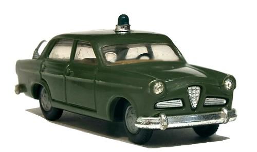 Politoys Alfa Romeo Giulietta Polizia (1)