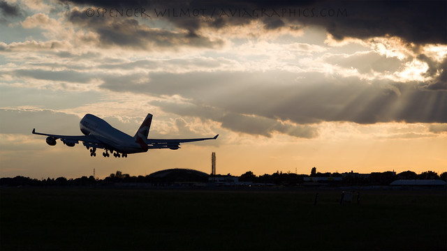 BA Jumbo At Sunset.