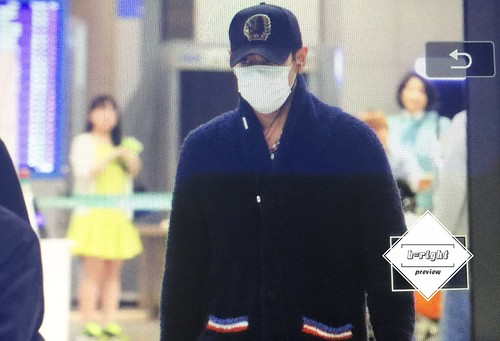 BIGBANG arrival Seoul 2015-10-26 b-right (2)