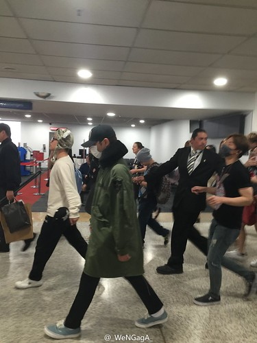 Big Bang - Melbourne Airport - 20oct2015 - _WeNGagA_ - 02
