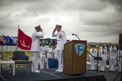 USS Pearl Harbor Receives New Commander