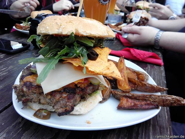 Macho Nacho Burger in der Substanz