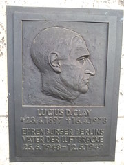 Photo of Bronze plaque № 39864
