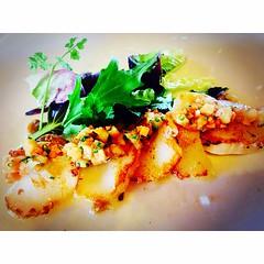 Amanida de vieires amb verduretes al restaurant #bistro19 del @hotelperalada #peralada #pereladagolf #pereladaresort #cosesdeperalada #igersGirona #incostabrava #igerscatalunya #igersGirona #emporda