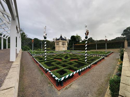 Hamilton Gardens - Tudor Garden