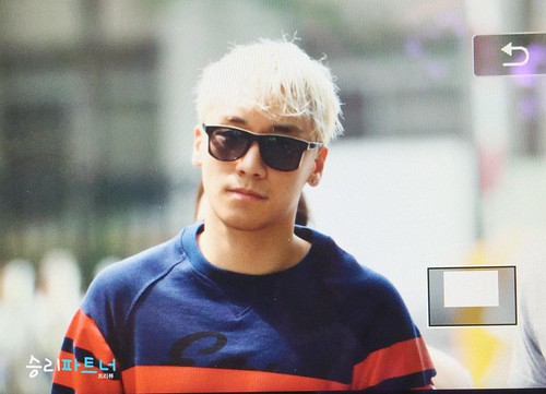 BIGBANG KBS Sketchbook 2015-06-02 053
