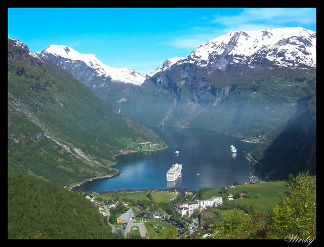 Fiordos noruegos Storfjord Geiranger Hellesylt Briksdal Loen - Mirador Flydalsjuvet del fiordo Geiranger