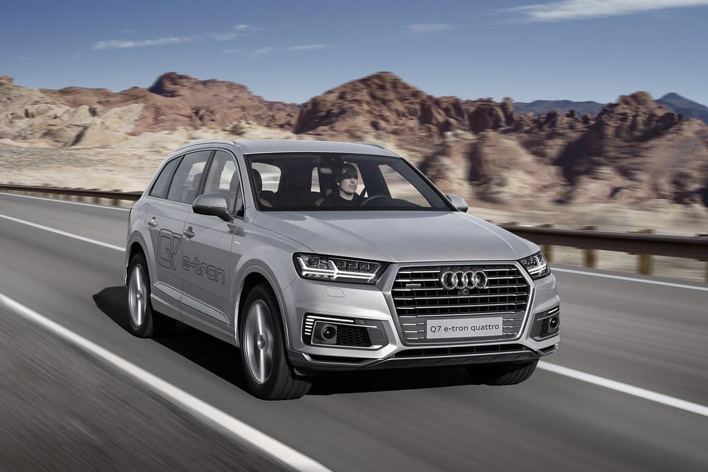 Great class, minimal emissions – the Audi Q7 e-tron 2.0 TFSI quattro
